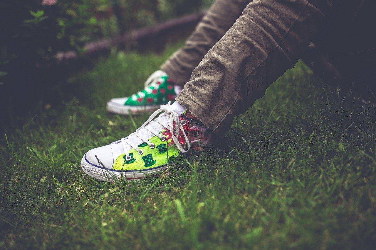 adolescente pies